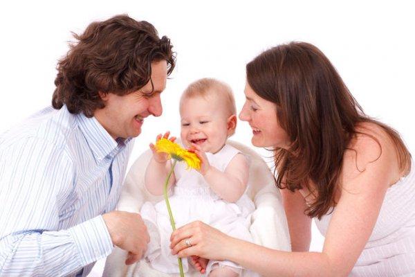 Çocuklarıyla zaman geçiren anneler başarıyı artırıyor