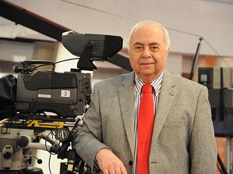 Eski TRT muhabiri Fahri İkiler vefat etti