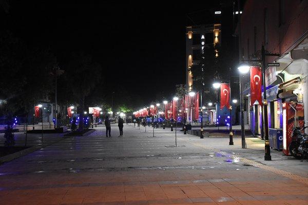 Mardin'de terörün izleri siliniyor