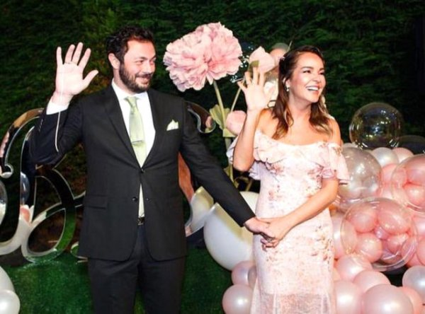 Bengü'nün düğün maliyeti 1 milyon lira