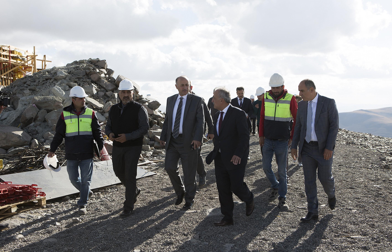 Türkiye'nin en büyük gözlemevi inşaatı Erzurum'da devam ediyor ile ilgili görsel sonucu