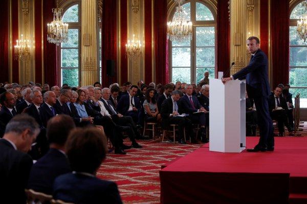 Macron: Avrupa artık ABD'ye yaslanamaz