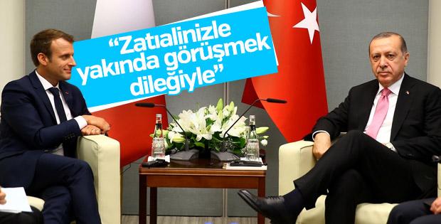 Macron'dan Cumhurbaşkanı Erdoğan'a kutlama