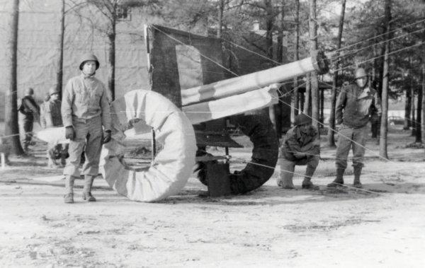 Hitleri kandıran şişme tanklar