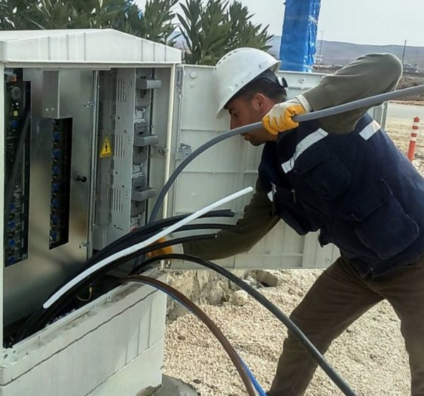 Şırnak'ta kaçak elektriği önleyen panolar parçalandı