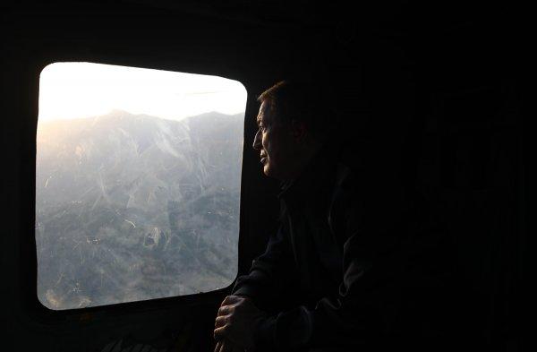 Hulusi Akar'dan sınırda bayram ziyareti