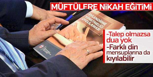 İstanbul'da müftülere nikah kıyma eğitimi