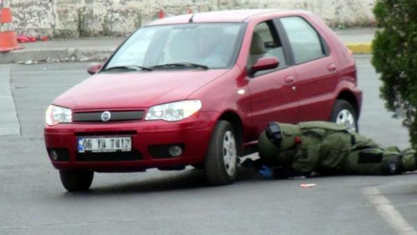 Eşinin otomobilinin altına bomba düzeneği kurdu