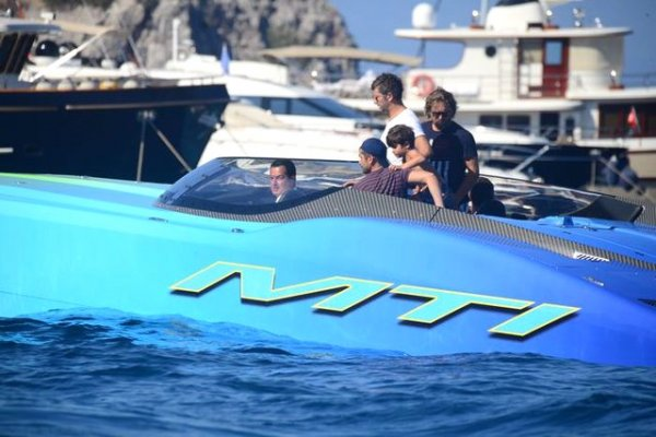 Acun Ilıcalı teknesiyle Fatih Terim'e gitti