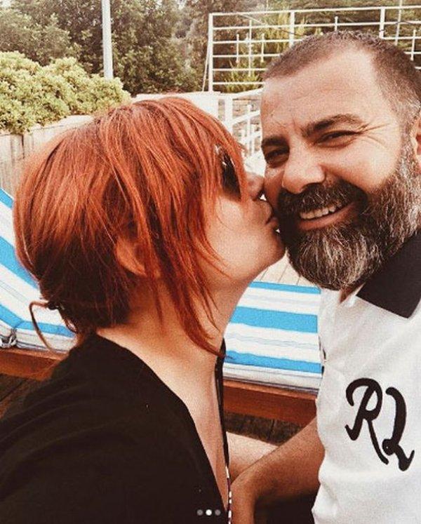 Deniz Seki aşkını haykırmaya devam ediyor