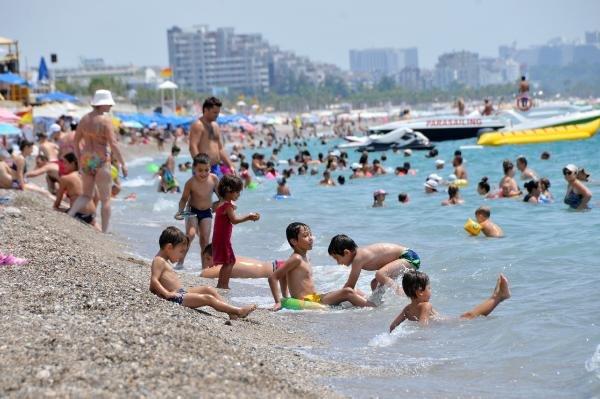 Antalya'nın deniz suyu sıcaklığı arttı