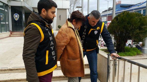 Bursa'da uyuyan kızını 14 yerinden bıçakladı