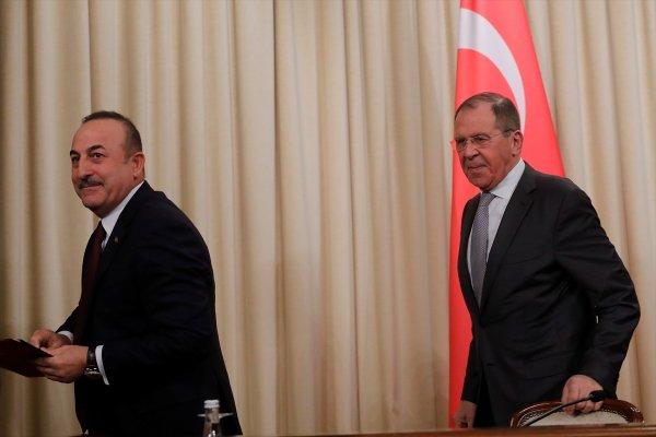 Çavuşoğlu, Lavrov ile Suriye ve İdlib'i konuştu