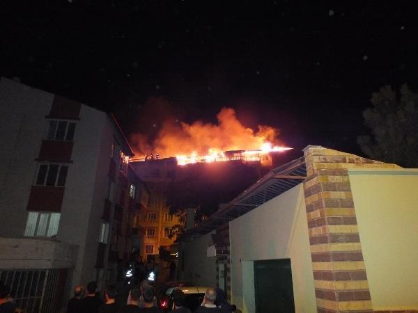 Yozgat'ta 5 daire kül oldu