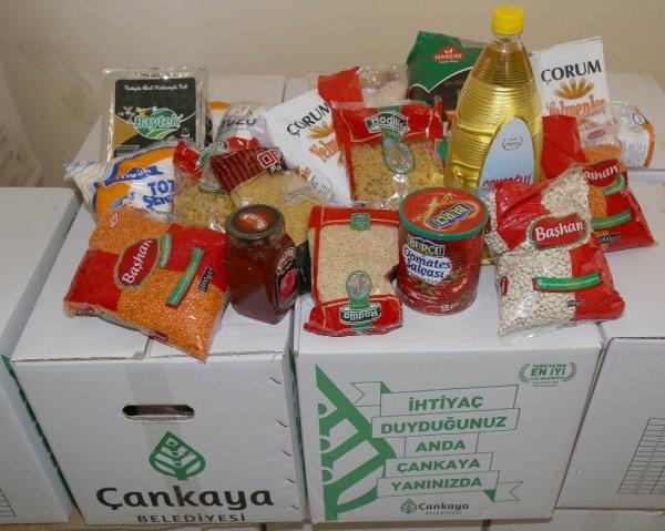 CHP'li Çankaya Belediyesi makarna dağıtmaya başladı