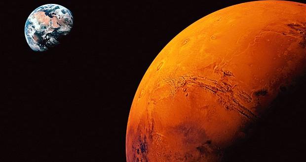 NASA profesörü: Mars'a harcanan parayla Dünya kurtarılır