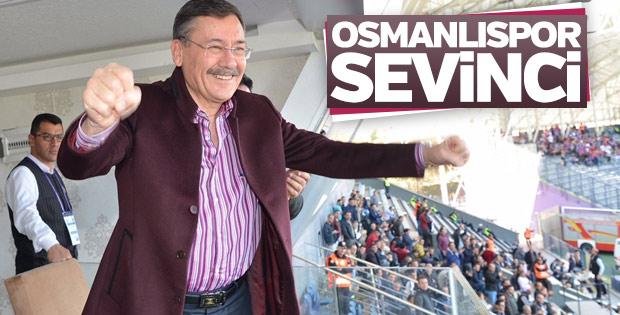 Melih Gökçek Osmanlıspor maçını izledi