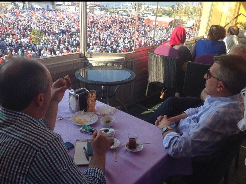 Muharrem İnce Erdoğan'ın Yalova mitingini izledi