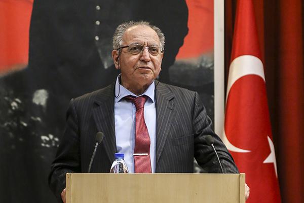 Türkiye'yi internetle tanıştıran Mustafa Akgül vefat etti