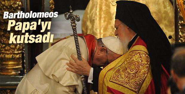 Papa İstanbul'da ayin yönetti