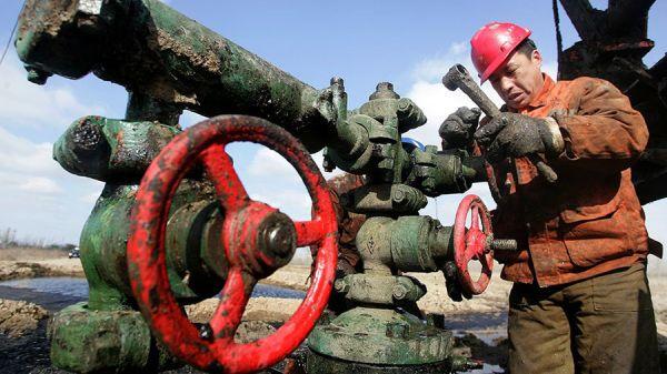 Çin 1 milyar tonluk petrol rezervi buldu
