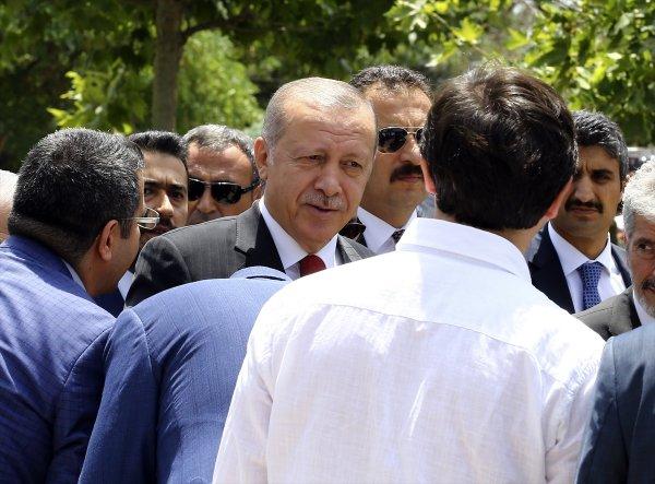 Başkanlık Kabinesi Hacı Bayram Camii'nde