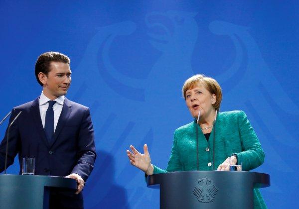 Merkel AB ve Avusturya'yı Türkiye konusunda eleştirdi