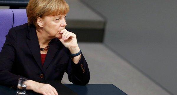 Merkel'den İtalya'ya borç öde baskısı