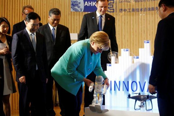 Almanya Başbakanı Merkel Çin'de