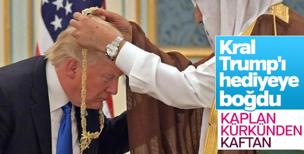 Suudi Kral, Trump'a kaplan kürkünden kaftan hediye etti