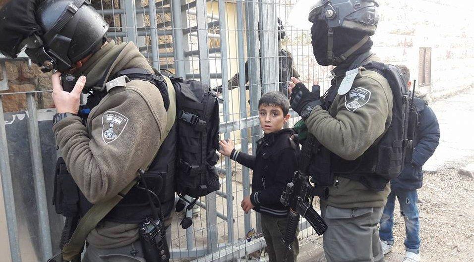 İsrail askerleri 7 Filistinliyi gözaltına aldı