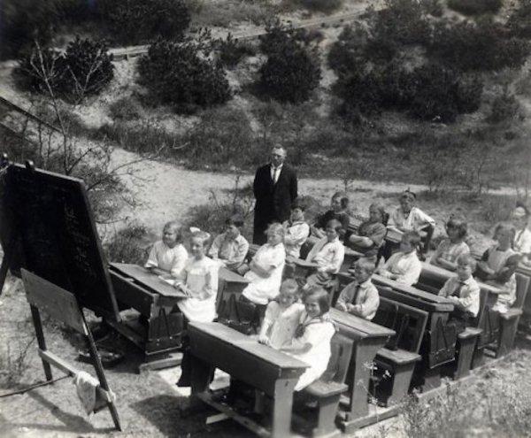 Bir zamanlar eğitim: Açık hava okulları