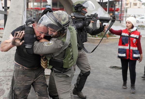 İsrail askerlerinin Cuma barbarlığı