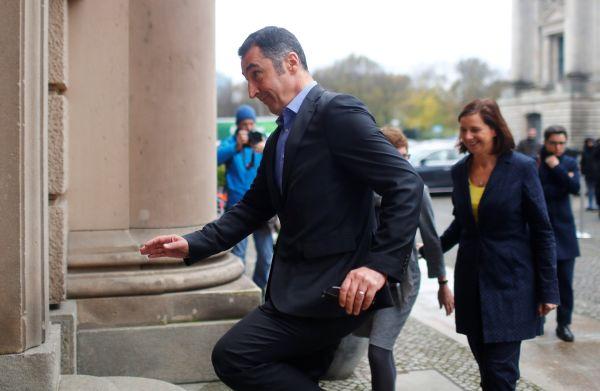 Cem Özdemir, Alman siyasetinden siliniyor