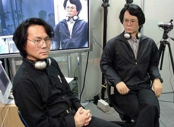20 yıl içinde insanların yapay zekalı ikizleri olacak