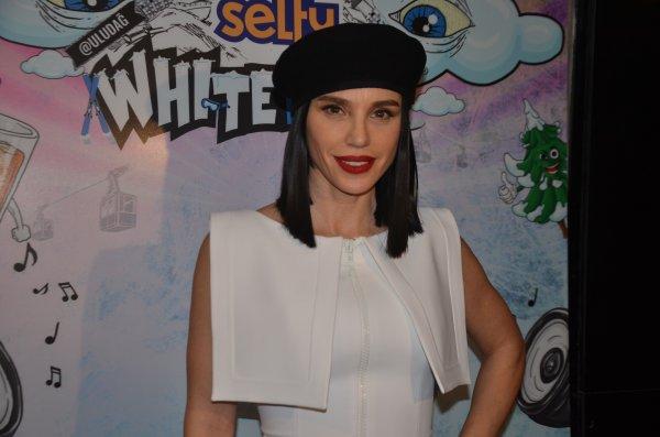 Adriana Lima'nın kendisini dinlediği için çok mutlu olduğunu söyledi.
