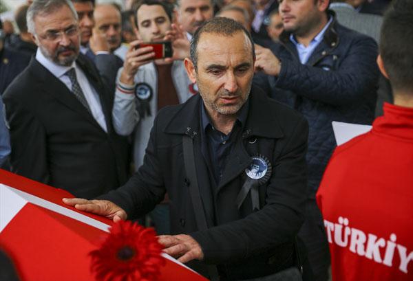 Süleymanoğlu'nun ezeli rakibi Leonidis cenazedeydi