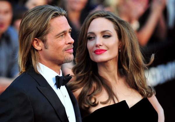Angelina Jolie çocuklarının velayetini kaybedebilir