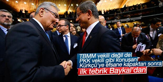 Ahmet Davutoğlu'na Deniz Baykal'dan tebrik