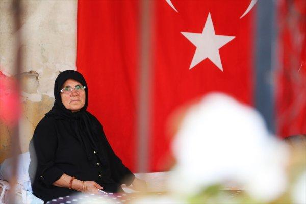 Şehit annesi: Umarım Kandil'in alındığını da görürüm