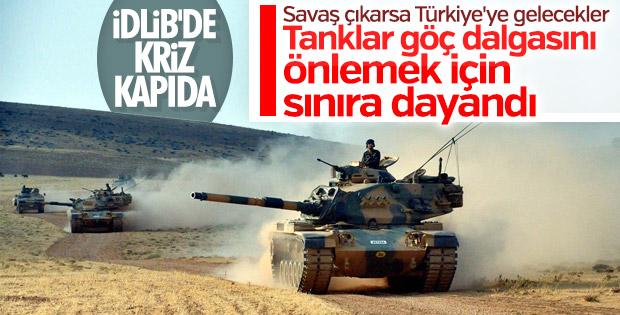 Türk askeri İdlib'de göç dalgasını engellemek için teyakkuzda