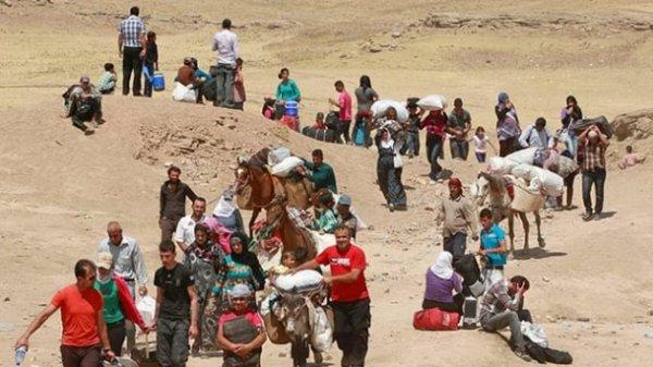 İdlib'den kaçan siviller Afrin'e yönlendiriliyor