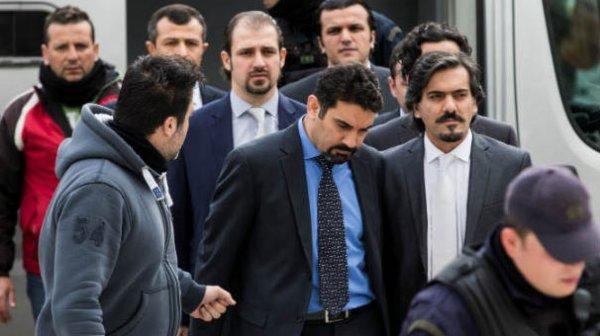 Yunanistan Dışişleri Bakanı FETÖ'cüleri korumaya aldı