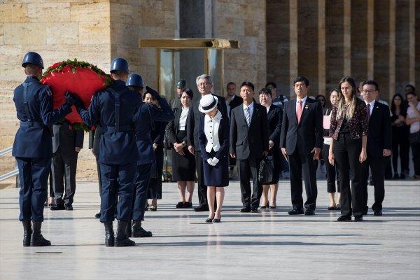 Japonya Prensesi Mikasa Anıtkabir'i ziyaret etti