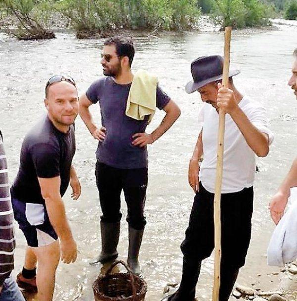Ünlülerin köyde yaşama modasına Özlem Tekin de katıldı
