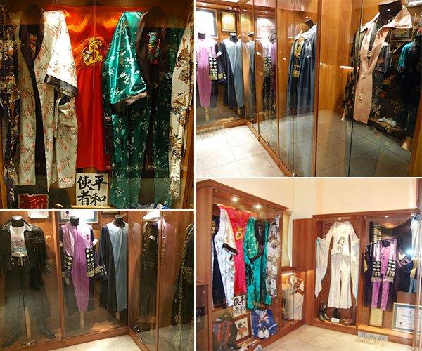 Barış Manço'nun ilginç kıyafetleri