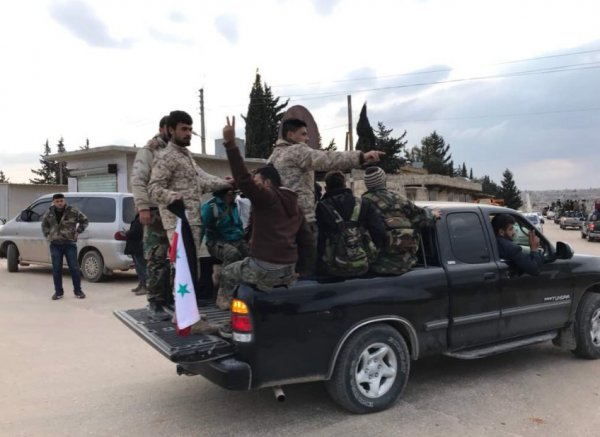 Türkiye havadan ve karadan Esad'ın güçlerini vurdu