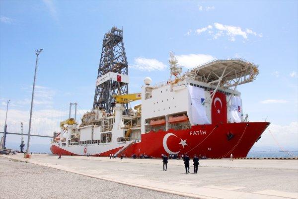 Türkiye'nin sondaj gemisi Fatih, Yunan medyasında