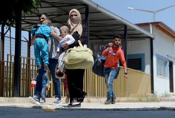 35 bin Suriyeli ülkesine döndü