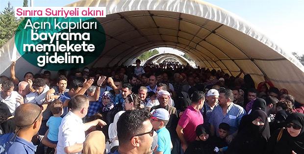 Suriyeliler son gün sınır kapısına akın etti